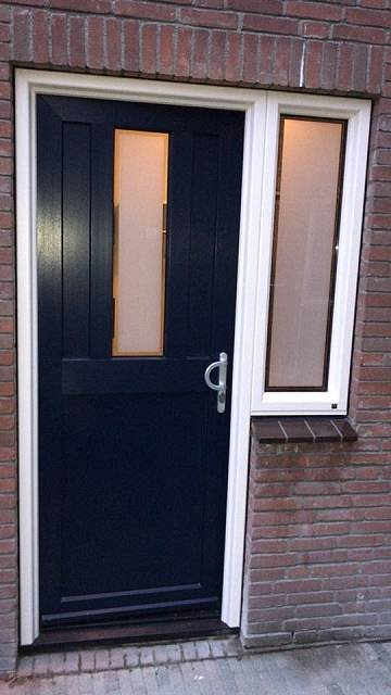 Moderne voordeur Kroon Kozijn den Haag