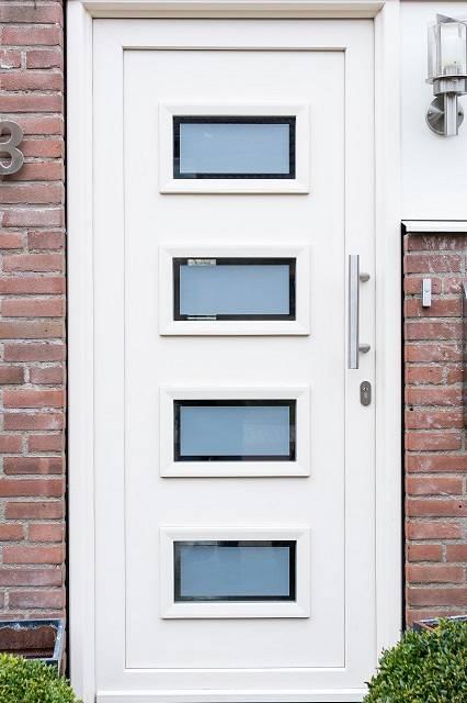 Witte kunststof voordeur Dordrecht
